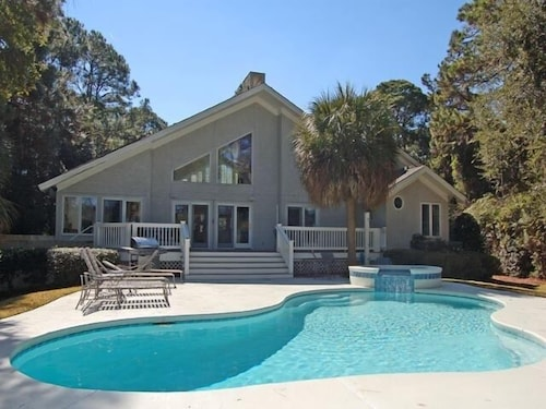 Great Place to stay Vacation Homes by Island Getaway Rentals near Hilton Head Island