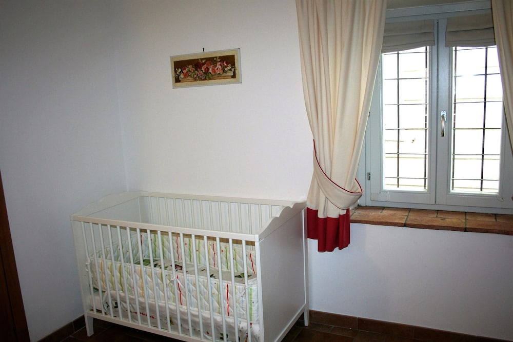 Children's Theme Room, Urbevetus