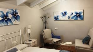 Individually decorated, desk, iron/ironing board, free WiFi