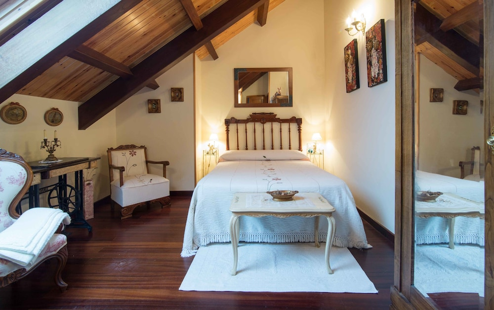 Casa de sixto paderne room prices reviews travelocity - Casa de sixto paderne ...