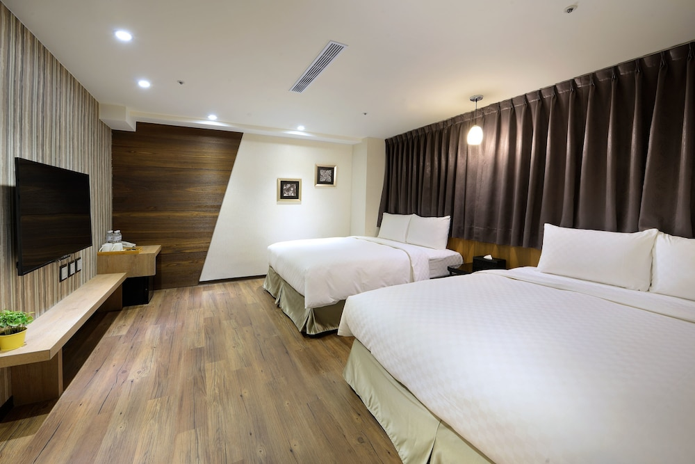 Ximen hedo hotel kaifeng taipei 2019 room prices 57 for Design ximen hotel review