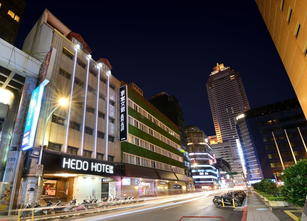 Front of Property - Evening/Night, Ximen Hedo Hotel Kaifeng,Taipei