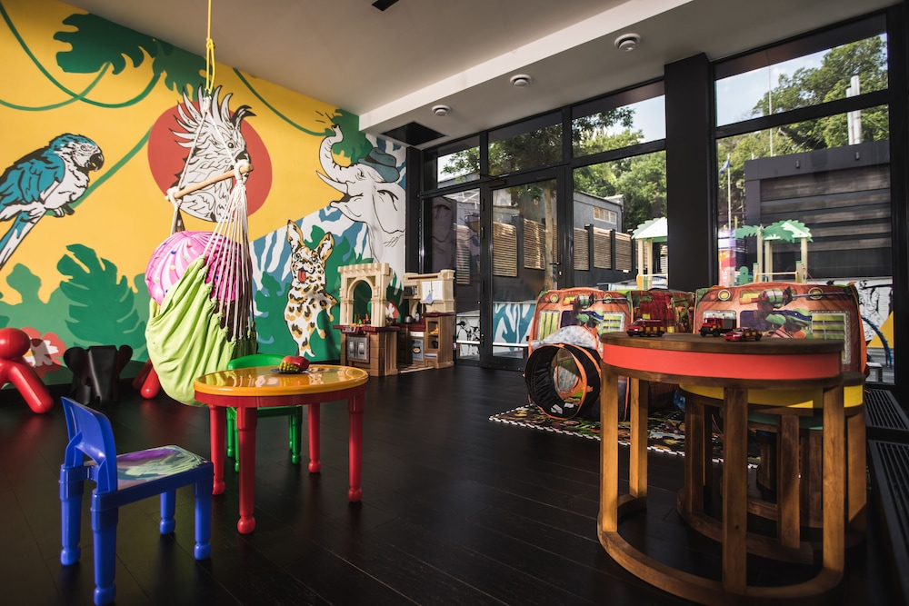Children's Area, M1 club hotel