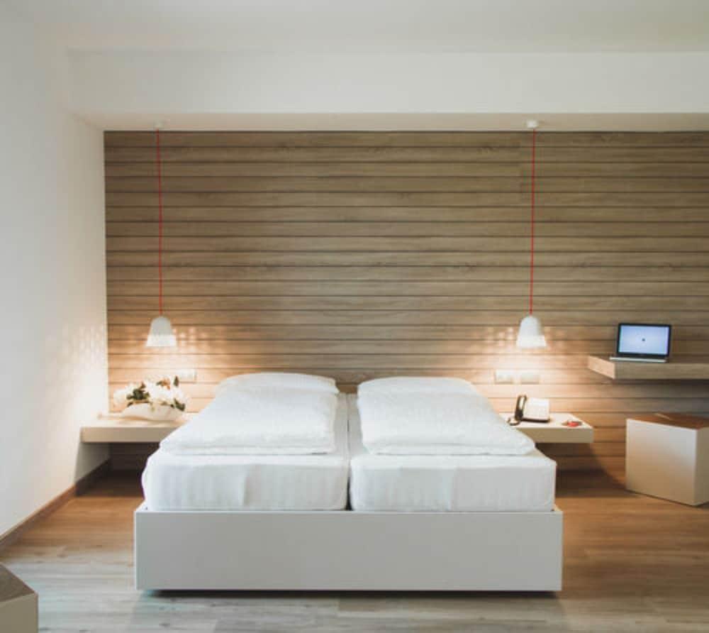 B612 Hotel Deals & Reviews (Levico Terme, ITA)   Wotif