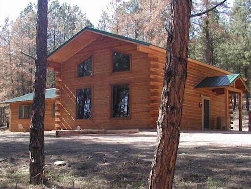 Great Place to stay Desperado near Custer