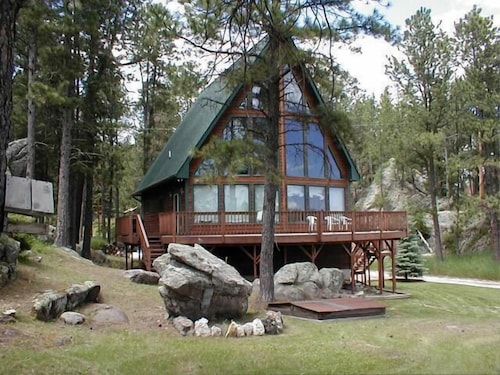 Great Place to stay Thunderheart near Custer