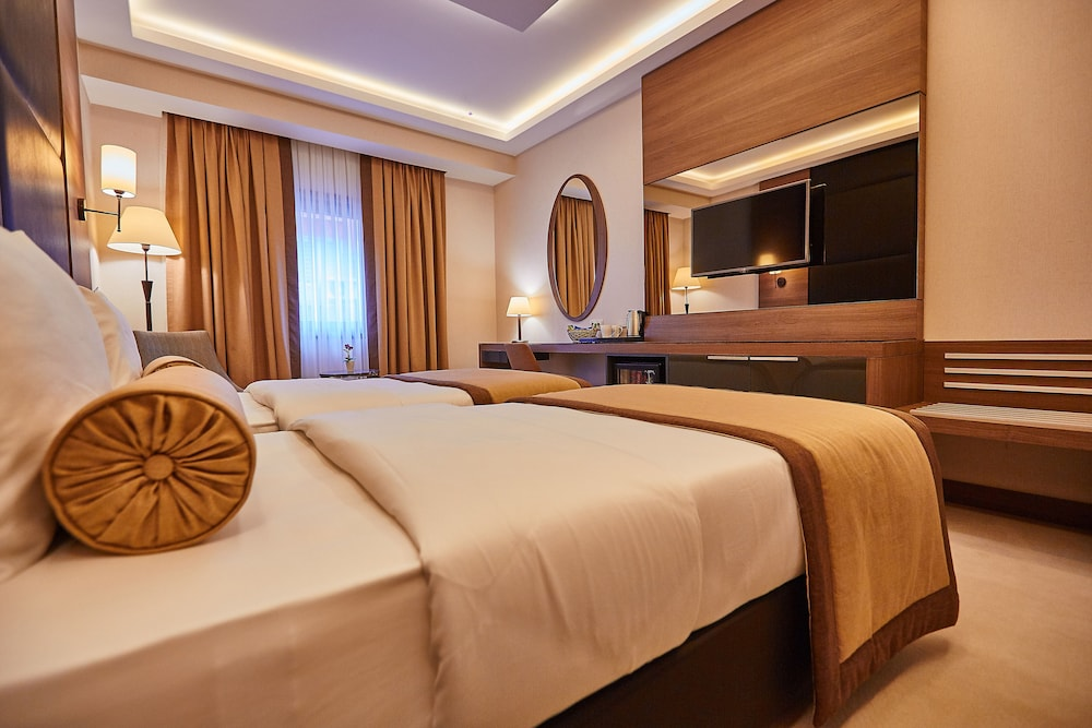 Featured Image, Inside Hotel Sisli