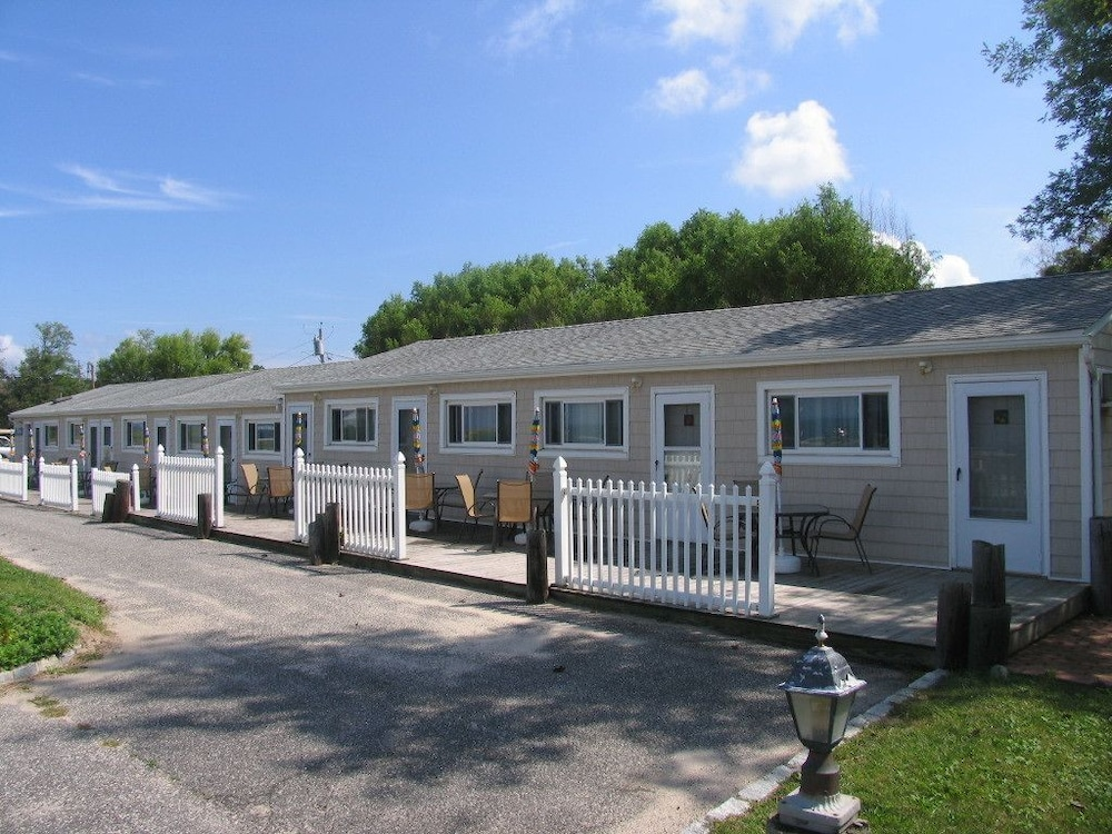 Front of Property, Southold Beach Motel