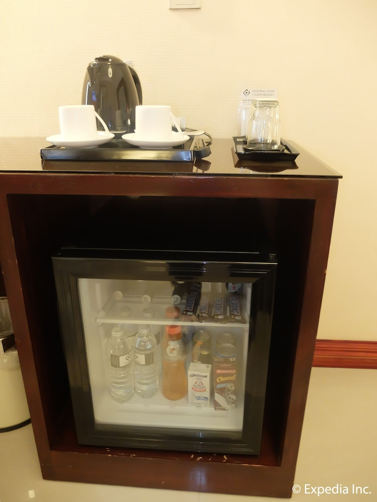 Mini-Refrigerator, Central Park Tower Resort