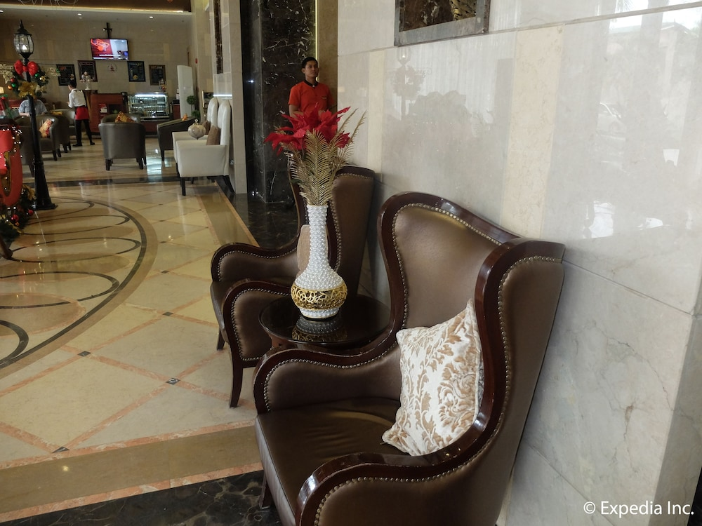 Lobby Sitting Area, Central Park Tower Resort