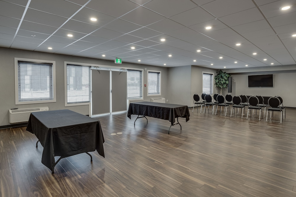 Meeting Facility, Home Inn & Suites Saskatoon South