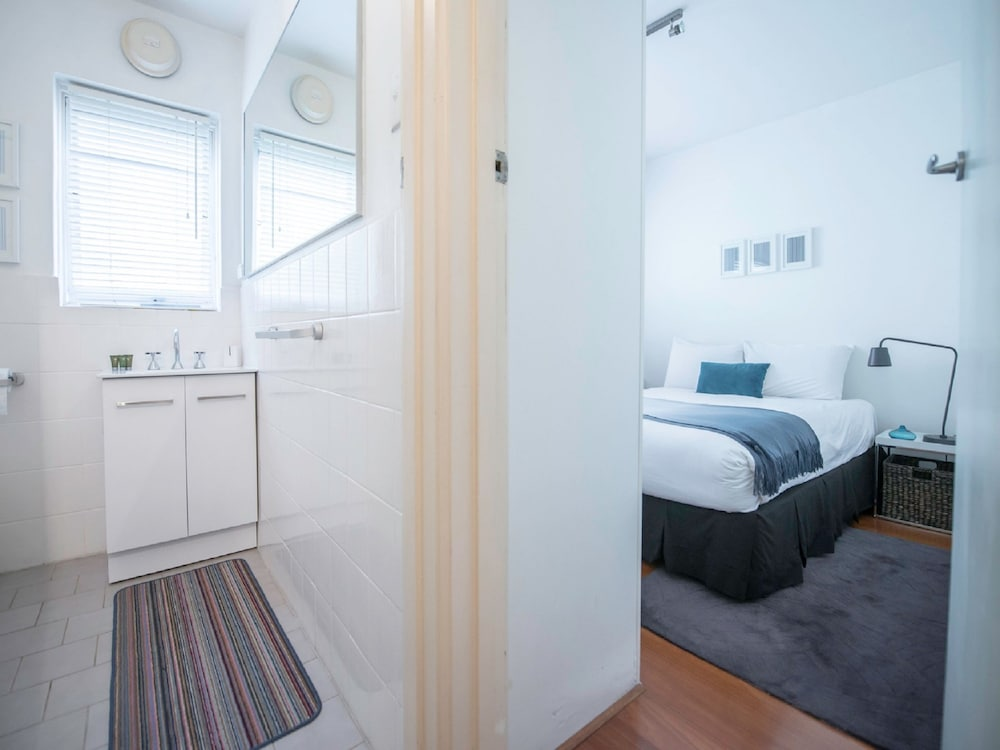 apartment2c ormond melbourne hotelbewertungen. Black Bedroom Furniture Sets. Home Design Ideas