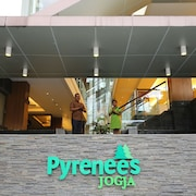 Hotel Pyrenees