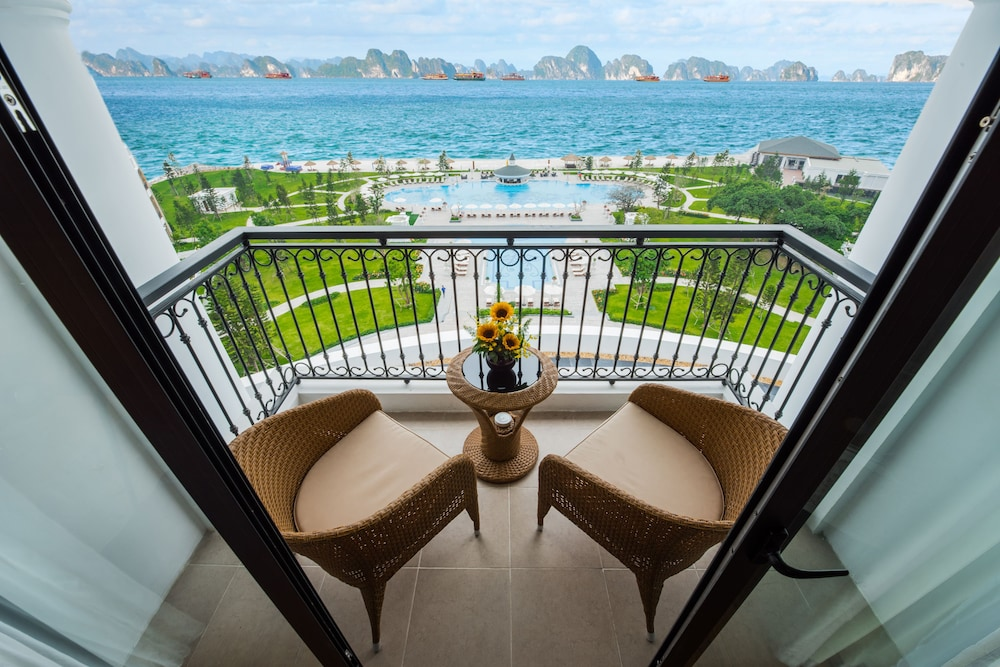 View from Room, Vinpearl Resort & Spa Ha Long