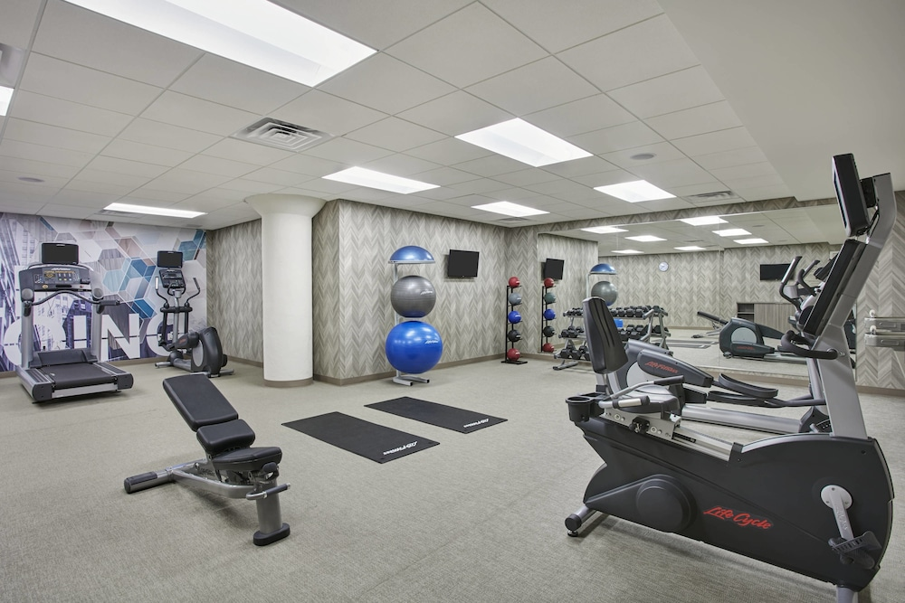 Fitness Facility, SpringHill Suites by Marriott Milwaukee Downtown