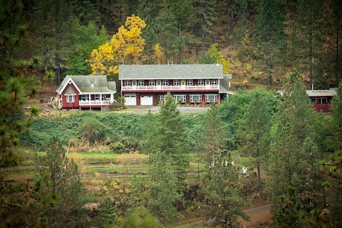Check Expedia for Availability of Hearthstone Elegant Lodge by the River