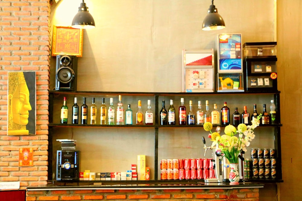Hometown Suite Hotel, Phnom Penh 2017 Reviews & Hotel Booking Expedia  sg