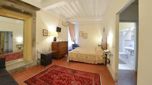 Minibar, una cassaforte in camera, ferro/asse da stiro