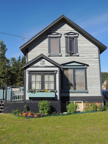 Great Place to stay Historical Guest House Bed and Breakfast near Whitehorse