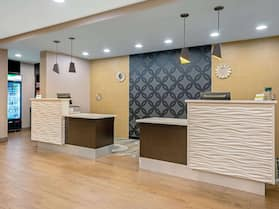 La Quinta Inn & Suites by Wyndham Tumwater - Olympia