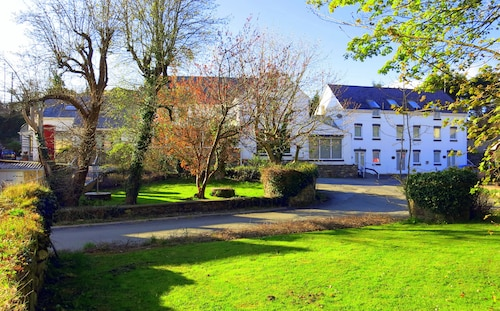 Ivybridge Guest House