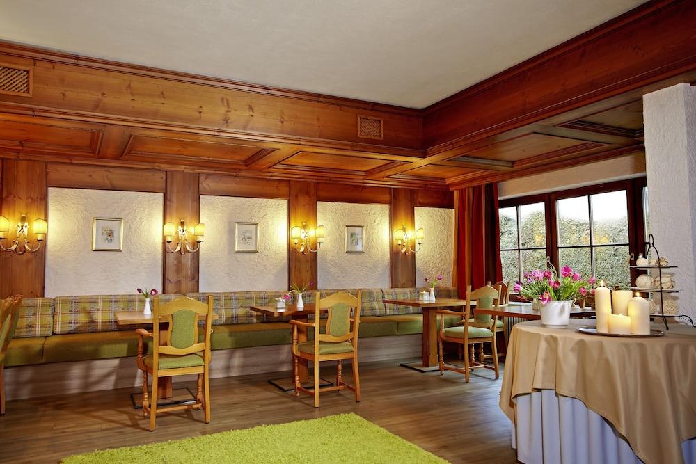Hotel bavaria deals reviews oberstaufen deu wotif for Oberstaufen hotel