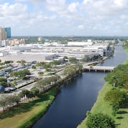 Towers of Dadeland by Miami Vacations