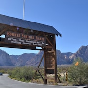 Bonnie Springs Ranch Motel