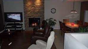 Flat-screen TV, fireplace, DVD player, iPod dock