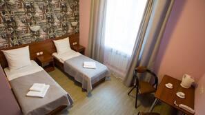 객실 내 금고, 책상, 다리미/다리미판, 간이 침대