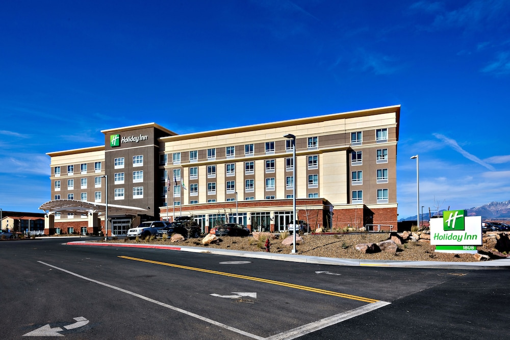 Exterior, Holiday Inn St. George Conv Ctr, an IHG Hotel