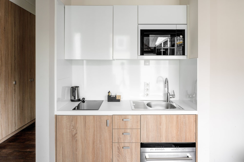 Private Kitchenette, Nook Rooms & Apartments
