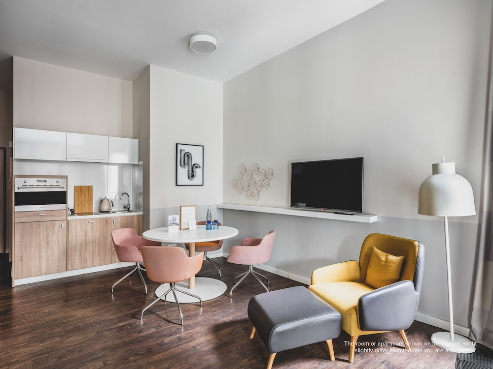 Living Area, Nook Rooms & Apartments