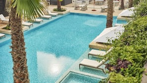 室外泳池;小屋 (收費)