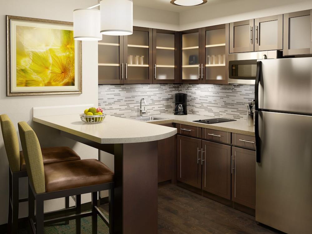 Staybridge Suites Atlanta Midtown In Atlanta Hotel Rates Reviews On Orbitz