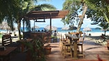 Palmar Beach Lodge - Isla Bastimentos Hotels