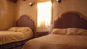 4 dormitorios, sábanas de algodón egipcio, edredones de plumas