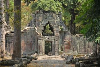 Upper East River Road, North of Wat Polanka, Siem-Reap Angkor, Cambodia.