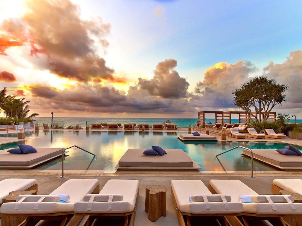 Outdoor Pool, The Retreat Collection at 1 Hotel & Homes South Beach