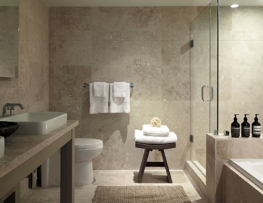 Bathroom, The Retreat Collection at 1 Hotel & Homes South Beach