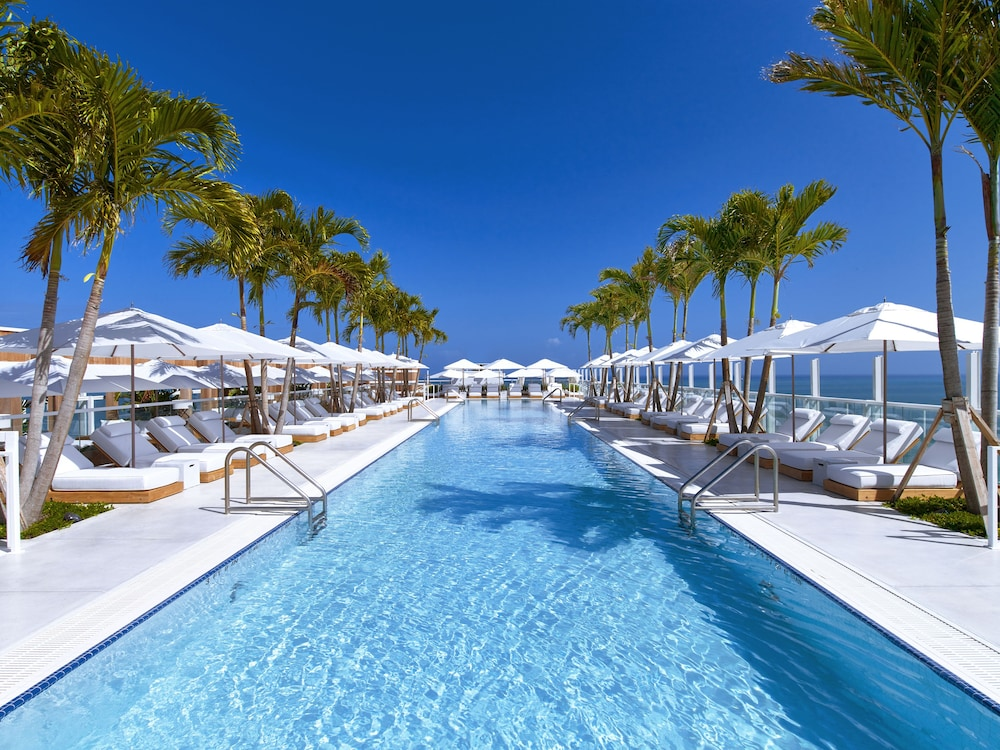 Pool, The Retreat Collection at 1 Hotel & Homes South Beach