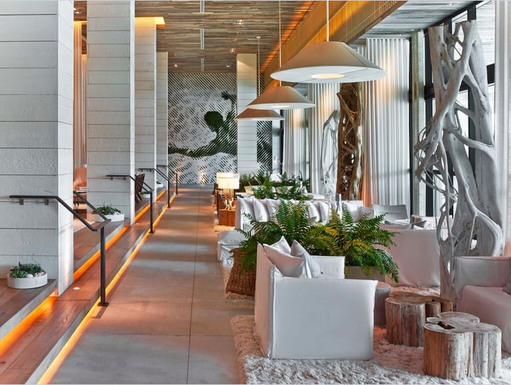 Lobby Sitting Area, The Retreat Collection at 1 Hotel & Homes South Beach
