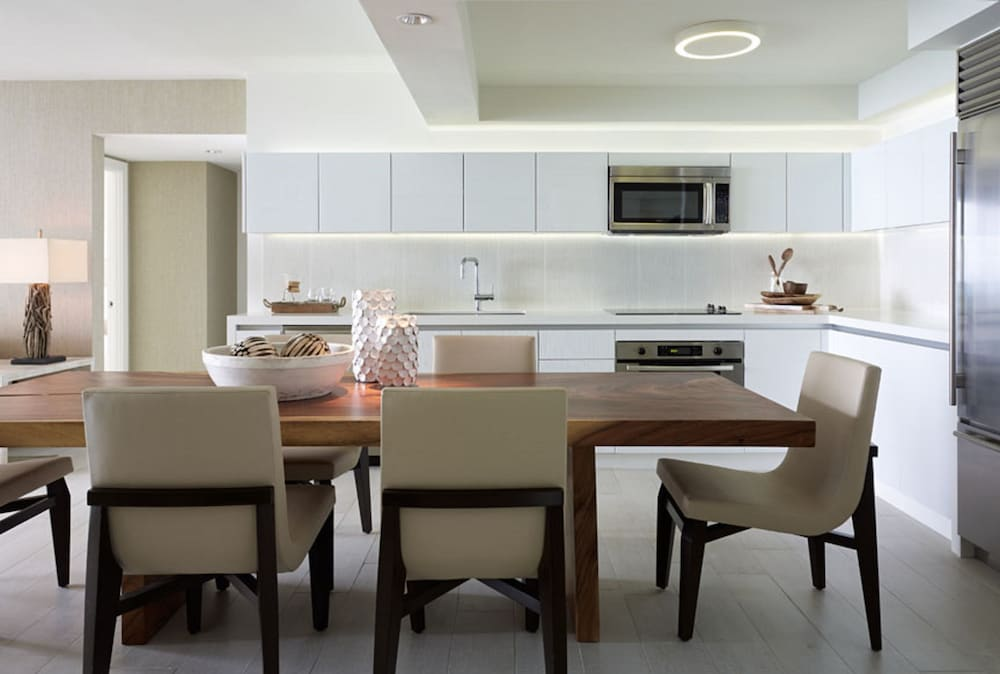 Private Kitchen, The Retreat Collection at 1 Hotel & Homes South Beach