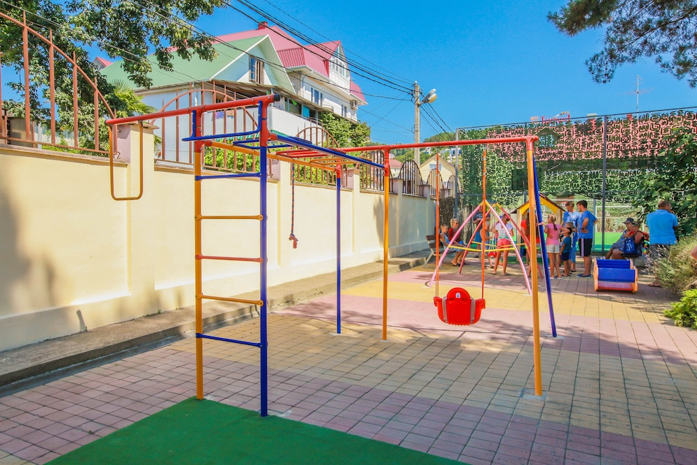 Children's Play Area - Outdoor, Hotel Genrih-I
