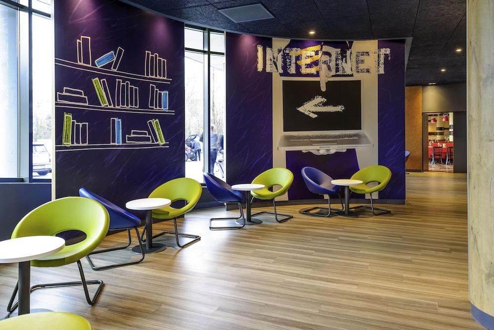 ibis budget geneve aeroport reviews photos rates. Black Bedroom Furniture Sets. Home Design Ideas
