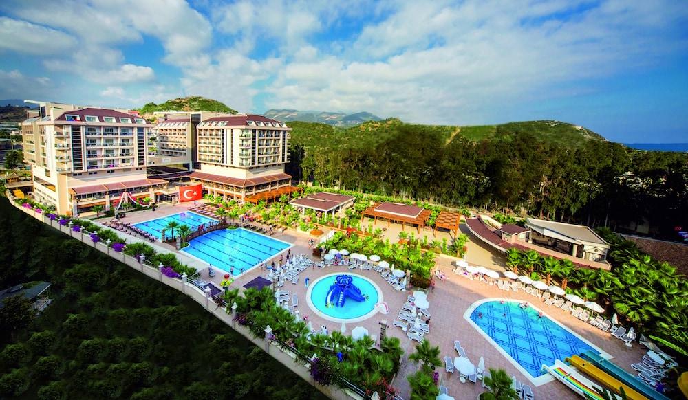 aerial view - Palm Garden