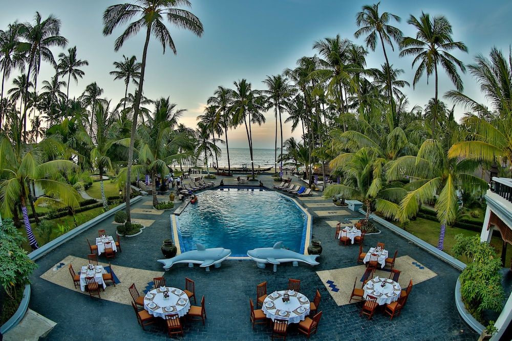 Book amazing chaung tha resort chaung thar hotel deals for Amazing all inclusive resorts