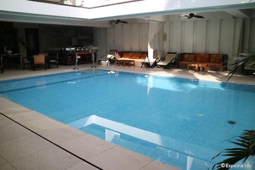 舒格兰酒店