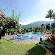 The Jayakarta Inn & Villas Cisarua Mountain Resort