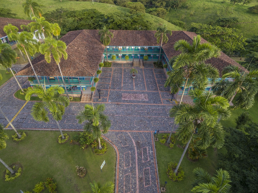 Front of Property, Decameron Las Heliconias - All Inclusive